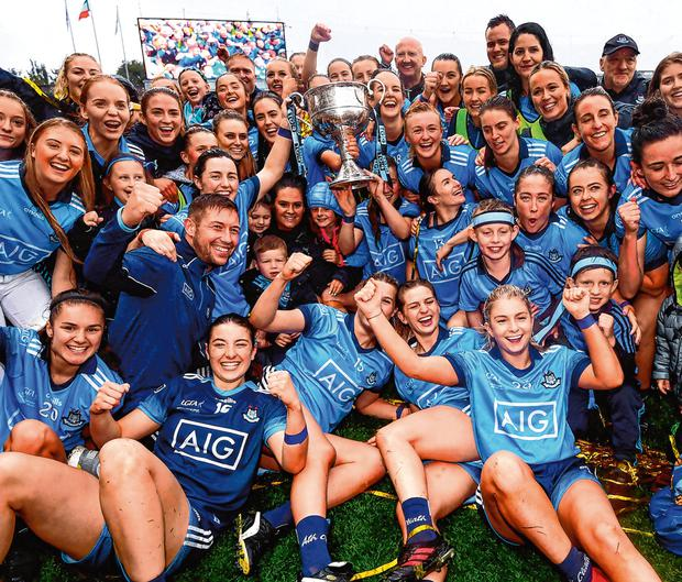 Dublin players celebrate following the TG4 All-Ireland Ladies Football Senior Championship Final match between Dublin and Galway at Croke Park in Dublin. Photo by Stephen McCarthy/Sportsfile