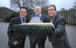 Conor Horgan from Irish Business Against Litter with Kilkenny Representitves who were Winners of the IBAL Ireland'Äôs cleanest town 2014 Pat Millea Cathaoirleach of Kilkenny County Council & Brian Tyrrell Senior Executive Officer Kilkeny County Council