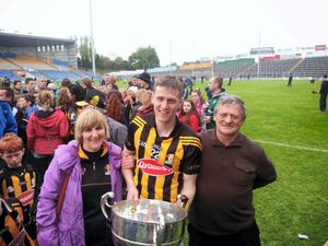 Farmer Johnny Ryan with his wife Lilly and son Lester after Kilkenny won the league final in 2014