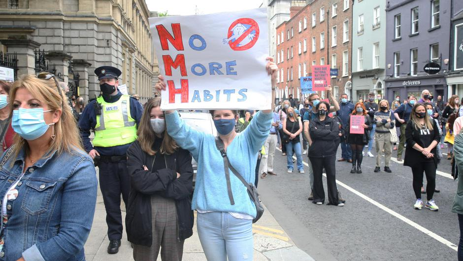 Protest outside Leinster House over the ownership of the relocation of the National Maternity Hospital. Photo: Stephen Collins/Collins Photos