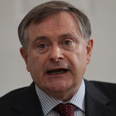 Public Expenditure Minister Brendan Howlin says the Government will be prepared to strike side deals with individual unions