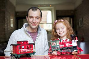 'Love/Hate's' Tom Vaughan-Lawlor was joined by Kiki Deegan Hughes (5) to launch Barnardos' Christmas appeal calling on people to dig deep and give children a happy Christmas. Donate online at barnardos.ie/christmas or call 1850 216 216.