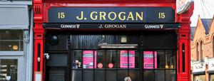 """Responding to the scenes, Grogan's Castle Lounge, which is on South William Street, posted a tweet saying: """"Eight months closed yesterday. Deemed unsafe to operate by NPHET and Government. Is this safer?"""""""