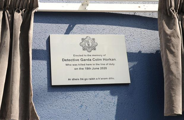 Plaque on the wall of Main Street Castlerea which was unveiled on Saturday June 19 - a year after the shooting death of Detective Garda Colm Horkan.  (Photo: Conor McKeown)