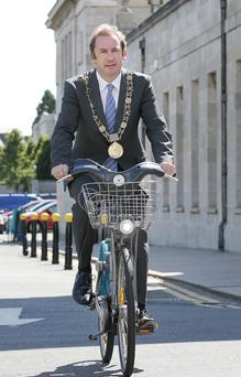 Dublins Lord Mayor, Oisin Quinn pictured on one of the Dublin bikes earlier this summer