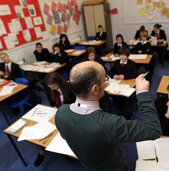 Secondary school teachers have voted in favour of the public sector pay deal