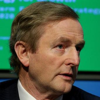 Taoiseach Enda Kenny is to reshuffle Cabinet ministers in the second half of next year, saying he wants to ensure talented TDs are given opportunities