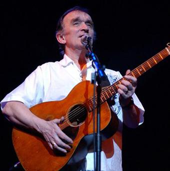 Martin Carthy is to be honoured at the BBC Radio 2 Folk Awards