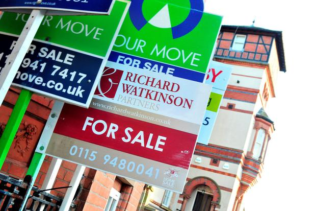 Estate agents say that some people who moved out, actually took the light bulbs with them
