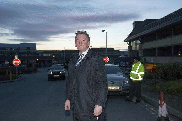 Stephen Delaney, president of the Prison Officers Association, arrives at Tallaght Hospital yesterday