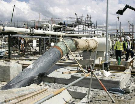 Security guards at the gas terminal took strike action in protest at the reduced hours and job losses