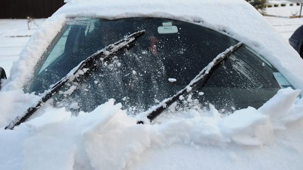 Research has found that motorists still resort to a kettle of hot water to clear their windscreens on cold and frosty mornings
