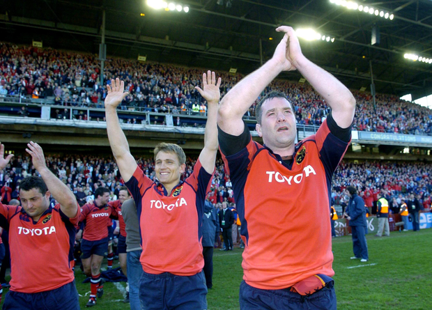 Anthony Foley clebrates winning the Heineken Cup