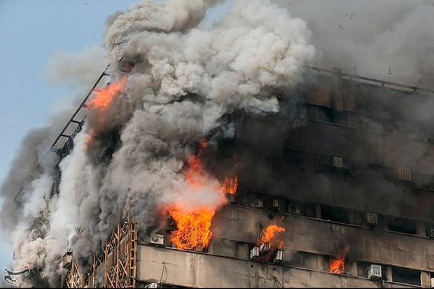Fire breaks out in a high-rise building in Tehran, Iran January 19, 2017. Photo: Tasnim News Agency/Handout via REUTERS
