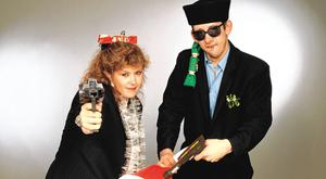 Season's greetings: Kirsty MacColl and Shane MacGowan promoting 'Fairytale of New York' in 1987. Photo: Tim Roney/Getty