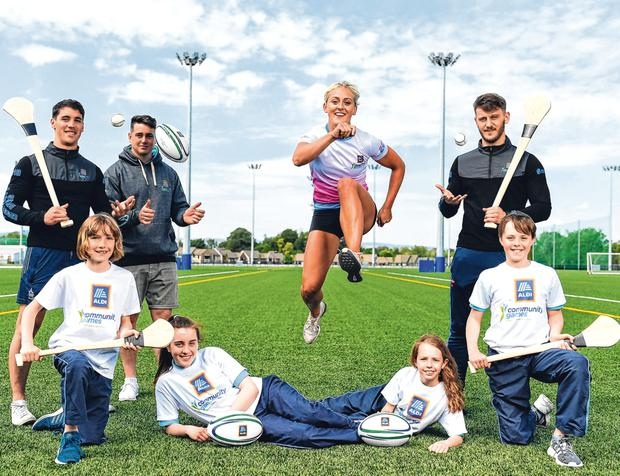 Sports festival: (from left) Sean Finn, of Limerick, Marcus Southern (11), ex-Munster player Ronan O'Mahony, Shannon Sweeny (12), hurdler Sarah Lavin, Olivia Flannery (10), Tom Morrissey, of Limerick, and Daragh Horgan (11) at the Community Games launch. Photo: Sportsfile