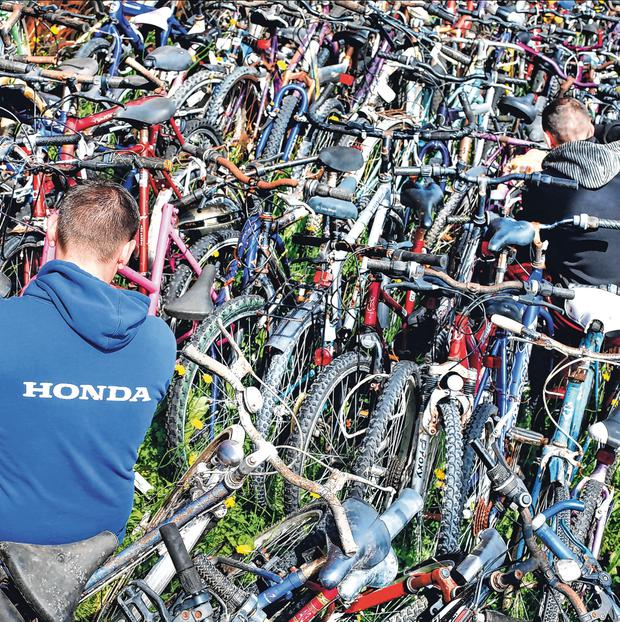 Chain gang: Prisoners help restore bikes to send to Africa