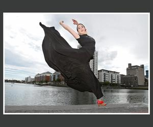 Canadian dancer Anjelica Scannura struts her stuff outside the Bord Gais Energy Theatre ahead of the 'Heartbeat of Home' auditions.