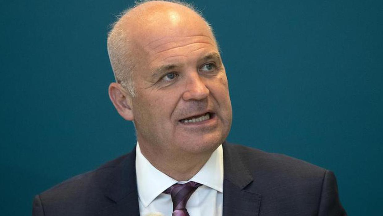 1,015 new Covid-19 cases as Tony Holohan warns people with symptoms not to attend work or socialise