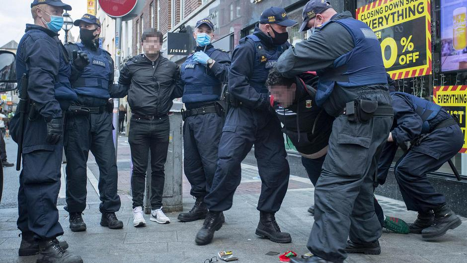 The scene of an arrest at the corner of Dublin's South Anne Street and Grafton Street on Saturday evening. (PIC: Conor Ó Mearáin)