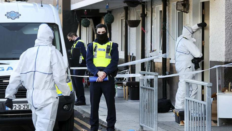 Members of the Garda Technical Unit at the scene of the fatal stabbing at Markievicz House in Dublin City Centre where a man in his 50's has died. Photo by Steve Humphreys, 29th March 2021