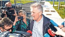 Media scrum: Presidential candidate Peter Casey visiting the houses at Cabragh Bridge in Thurles, Co Tipperary. Photo: Mark Condren