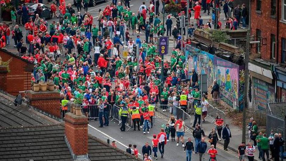 Supporters before the GAA Hurling All-Ireland Senior Championship Final match between Cork and Limerick in Croke Park, Dublin. Photo by Stephen McCarthy/Sportsfile