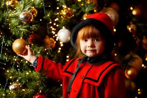 Lilly May Cox (4) pictured at the turning on of the Christmas lights event at the Radisson Blu St. Helens Hotel.