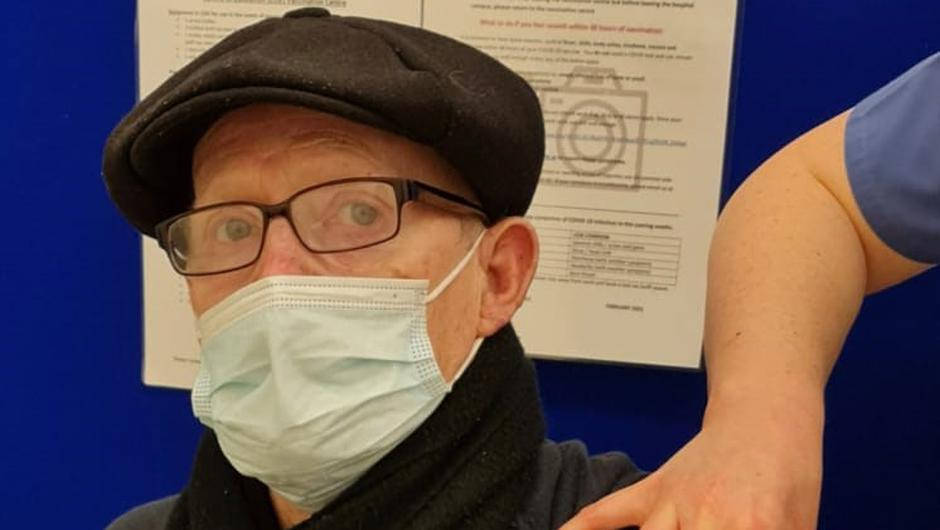 John Donohue receiving his vaccine in Beaumont Hospital this morning