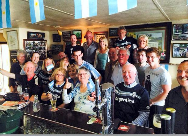 Argentinian fans in the bar