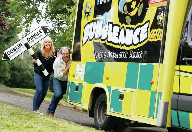 Miriam O'Callaghan and Mike O'Shea launch the BUMBLEance Mega Push in Dublin yesterday. Conor McCabe