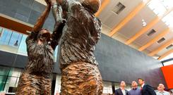 A six-metre sculpture depicting the famous Irish line-out that saw rugby legend Paul O'Connell, raised by teammates John Hayes and Donncha O'Callaghan in the famous 2007 victory over England in Croke Park, was unveiled by the three players in Shannon Airport