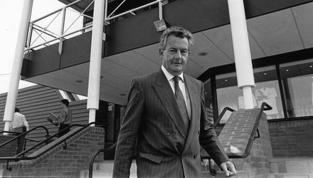 Des O'Malley at the GATT conference, Riverview, Clonskeagh, in 1990. Picture: Tony Gavin/Independent Collection