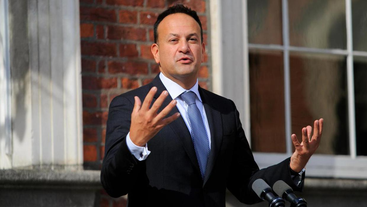 Vast majority of those in intensive care with Covid are not vaccinated, Leo Varadkar tells Fine Gael meeting