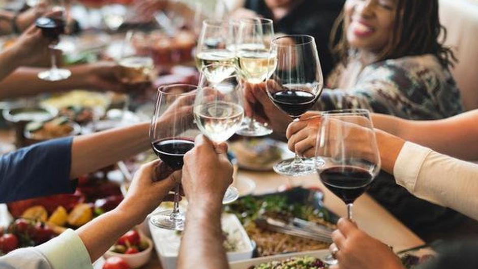 Indoor dining is set to return next Monday. Photo: Stock image
