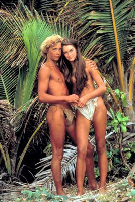 Brooke aged 14, with co-star Christopher Atkins, in the 1980 movie 'The Blue Lagoon'.