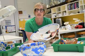 Fragments of an Irish past: Susan Arthure with artefacts from the Baker's Flat site
