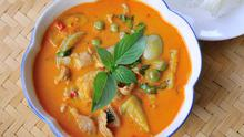 Red Curry with pea and haddock