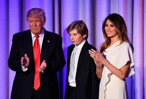 Donald Trump with wife Melania and son Barron (10)