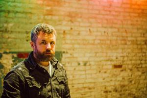 Mick Flannery's new song 'Run A Mile' is out now