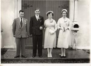 Mary and John Gunnigan and the bridal party on their wedding day.