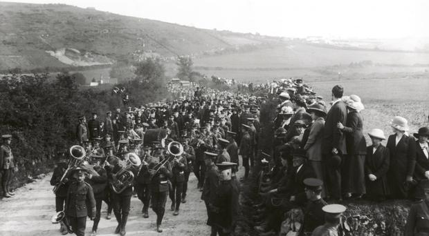 The Queenstown funerals of several people who died on the Lusitania.