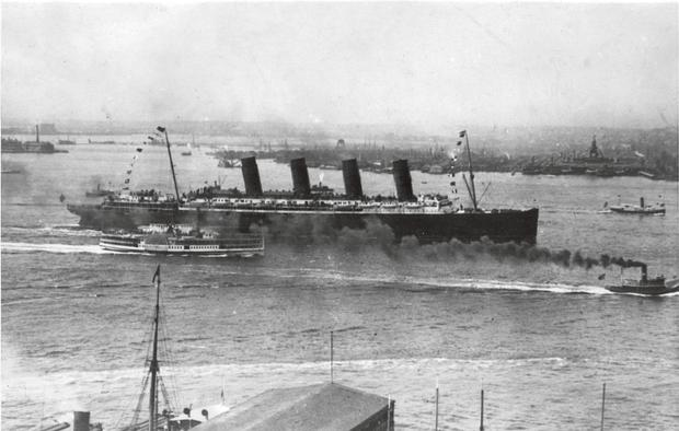 The Lusitania comes into dock in New York.