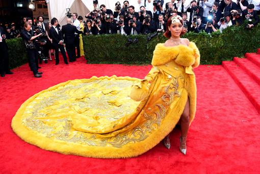 I'll have pepperoni and olives with that! Rihanna's spectacular gown at the Met Gala in New York was likened to a pizza. Or, did she just grab some curtains from a hotel room somewhere?