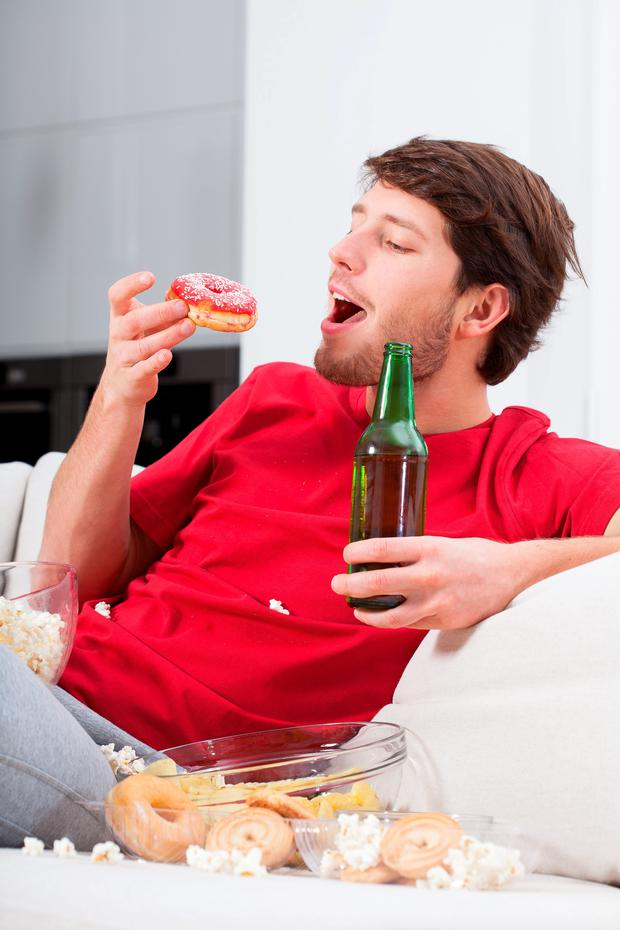 Brain cells specific to men fire up when mates are present and override the need to eat, scientists have found