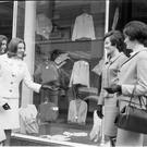 Entrants in the 'Darling Girls from Clare' at Dunnes Stores, Georges Street, Dublin. 25.07.1965