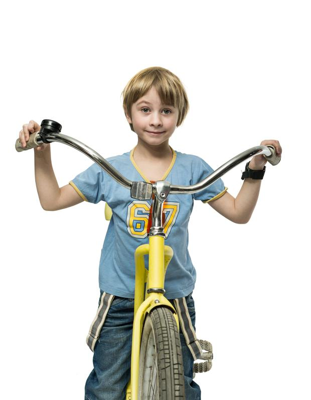 Cycling to school saves money