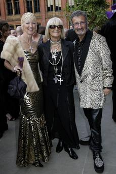 Barbara Hulanicki (centre) pictured with Eddie Jordan and his wife Marie