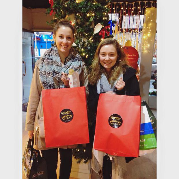 These lucky American students won the Festive Phrase of the Day competition. Facebook