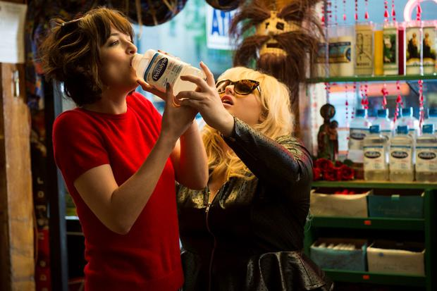 Dakota Johnson and Rebel Wilson live it up in 'How To Be Single'.